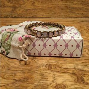 Plunder light pink magnetic bangle